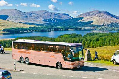 Coach tours and tour stops